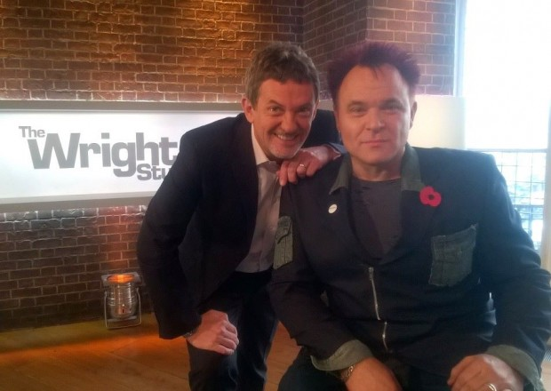 Mik Scarlet wit Matthew Wright